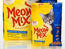 Meow-Mix_Seafood.Medley